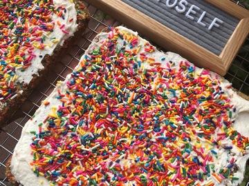 Baked Goods : Unicorn Cake